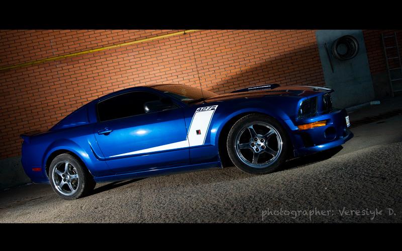 Mustang Roush вид сбоку